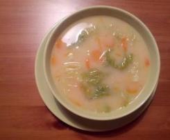 Sopa de Feijão Branco e Couve Lombarda